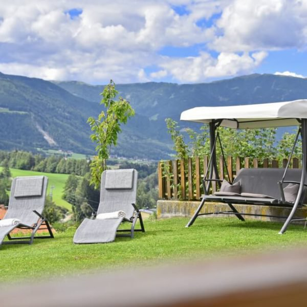 farm-holidays-in-south-tyrol-fuchshof-in-perca-02